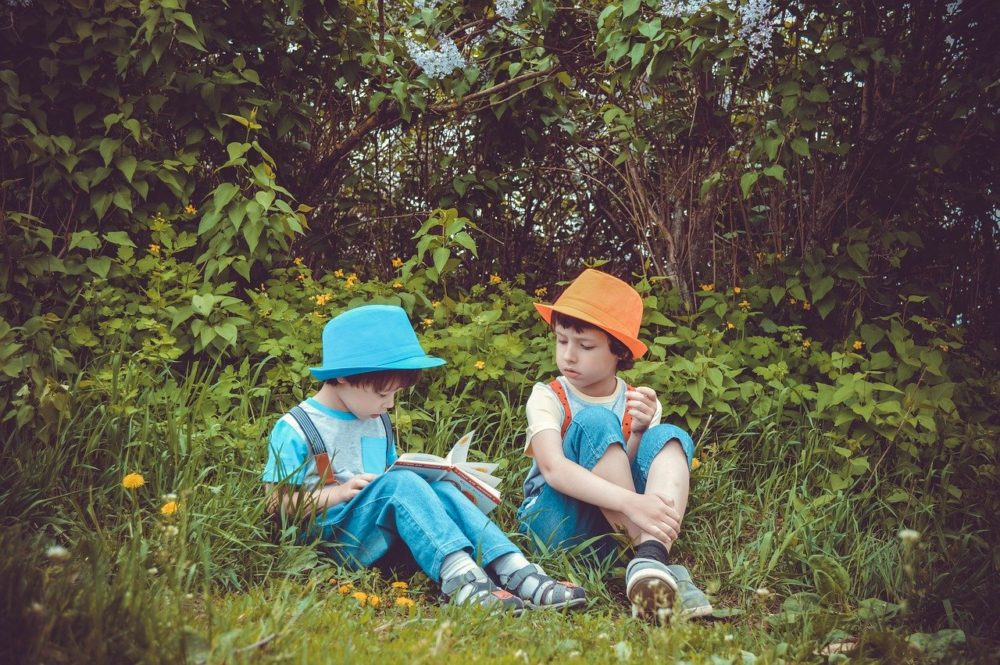 Met kinderen de natuur ontdekken in eigen tuin