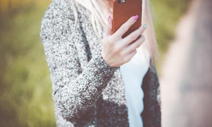 Handige telefoonaccessoires die je zeker in huis moet halen